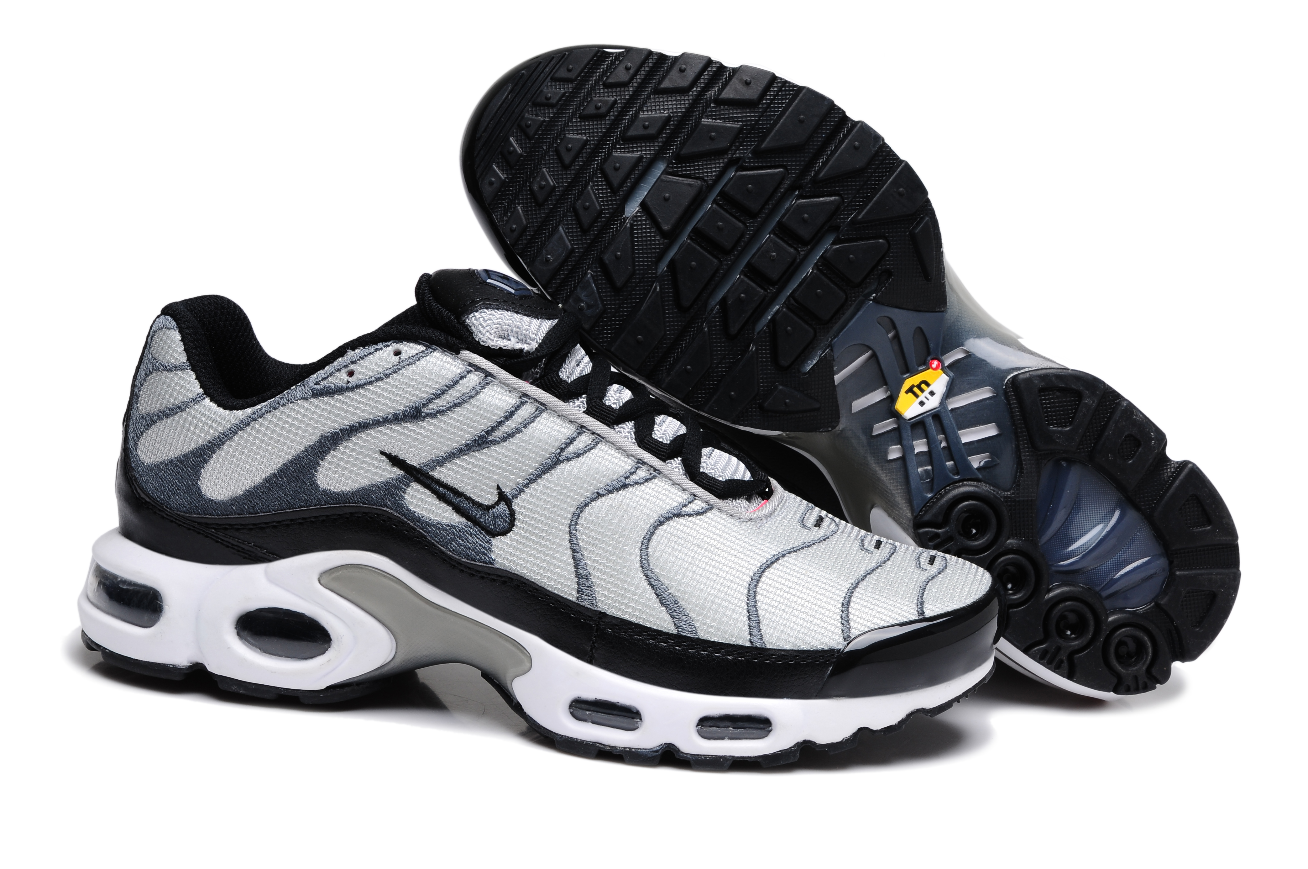 chaussure nike tn requin pas cher