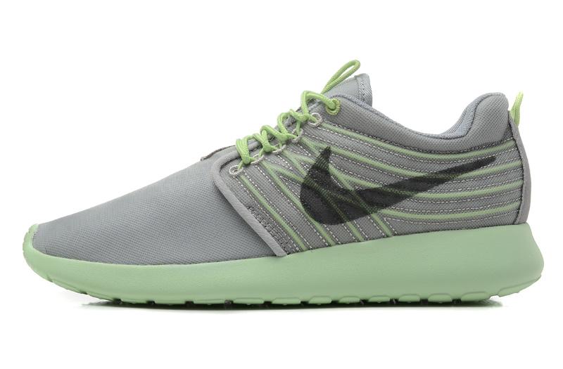 détaillant en ligne b3f46 b4cd9 Nike Roshe Run Classic Femme