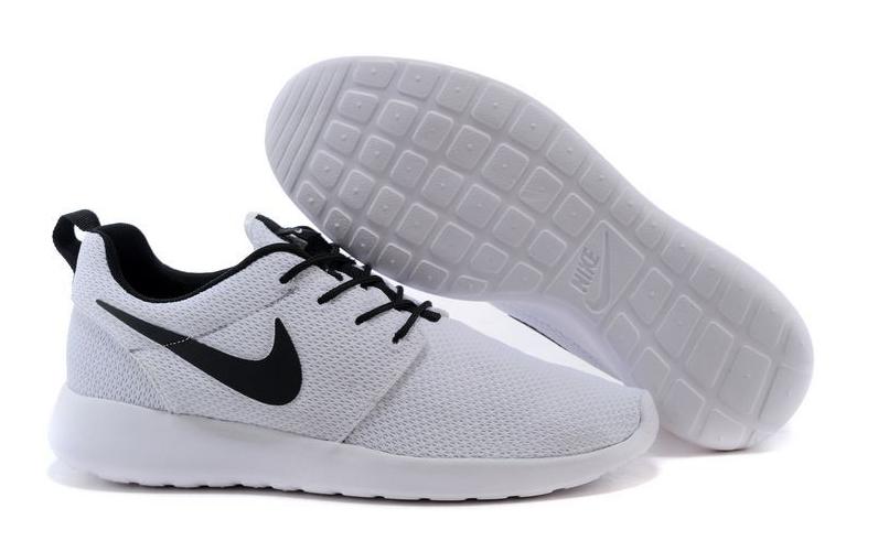 détaillant en ligne 32f9f f1ebe Nike Roshe Run Classic Femme