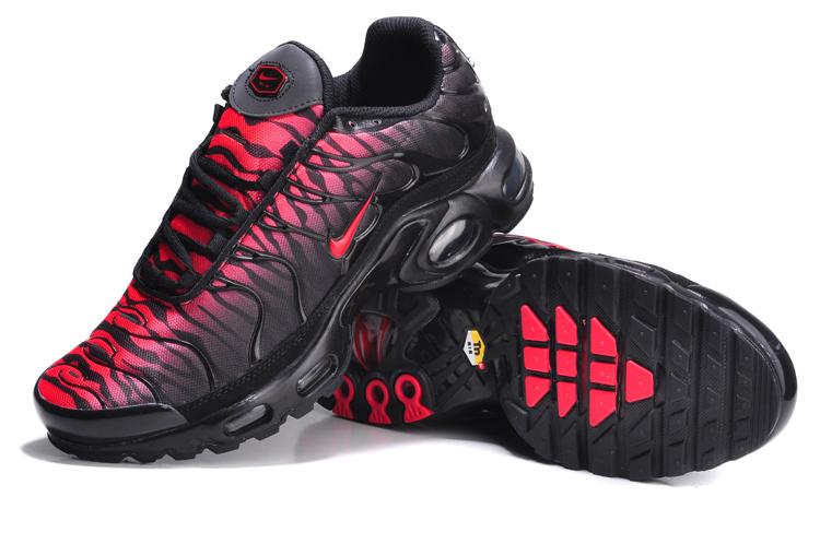 size 40 c6b0c 29b62 Nike TN Requin Homme Achat et Vente basket nike tn neuf confortable